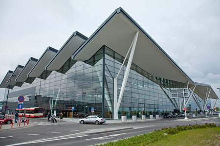 modernizacjaLotniskaWGdanskuPekao article